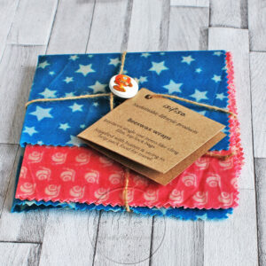 blue and pink beeswax wraps packaged