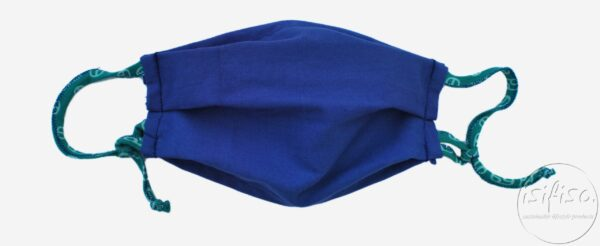 Adjustable Blue coloured pleated face masks with nose wire and 3 layers