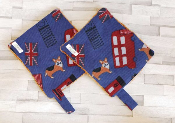 Reusable kitchen rolls with London icons printed home wipes 2s pack